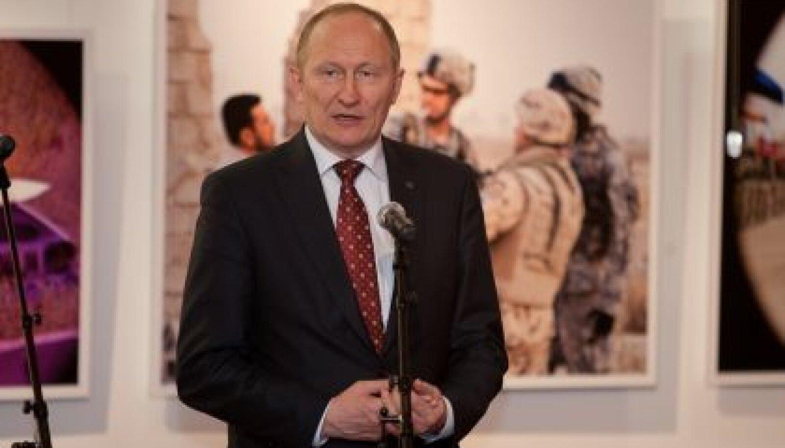 Iraagi sõjapiltide näitus