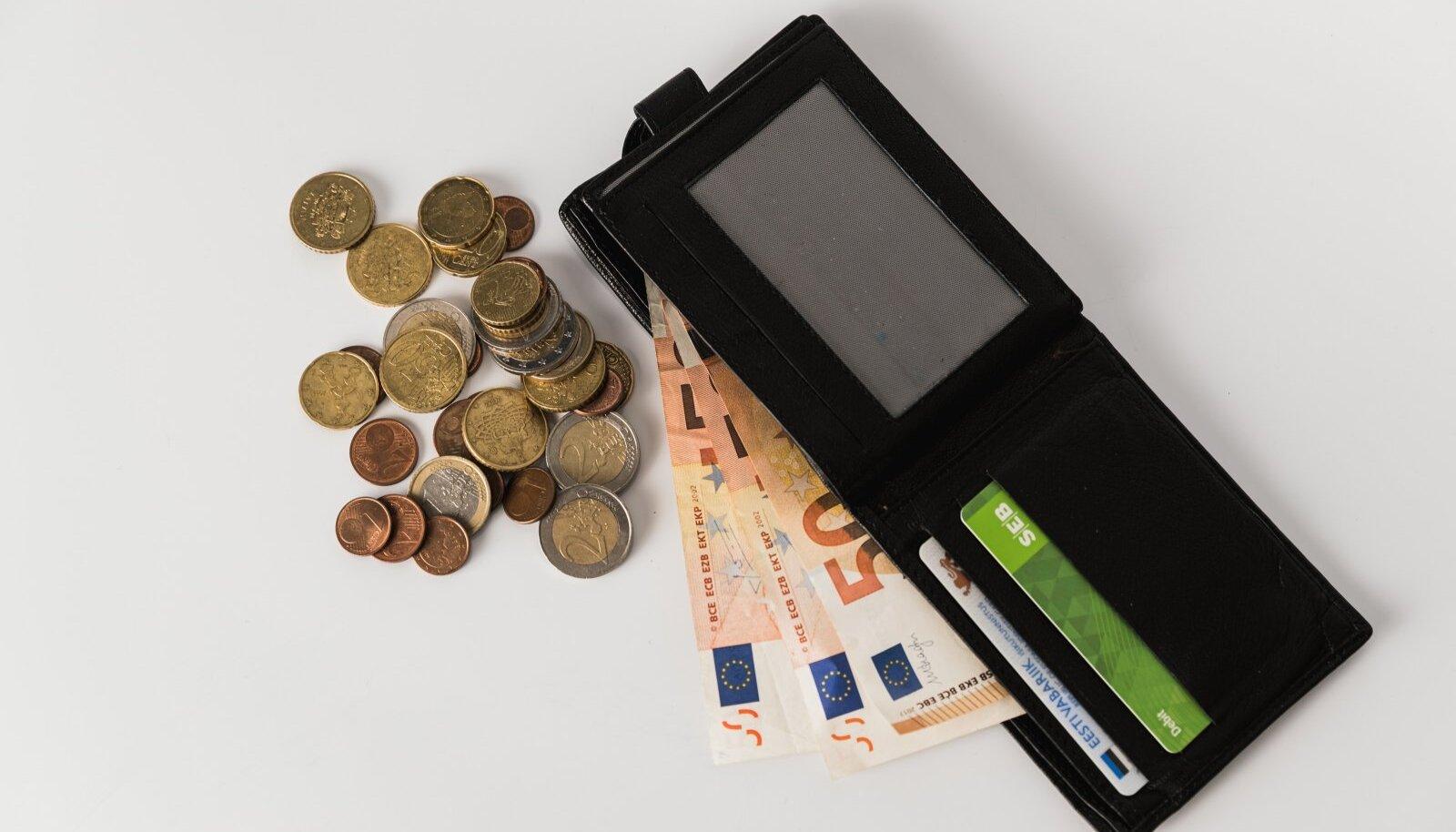 Kõige enam suurenes keskmine brutokuupalk info ja side tegevusalal