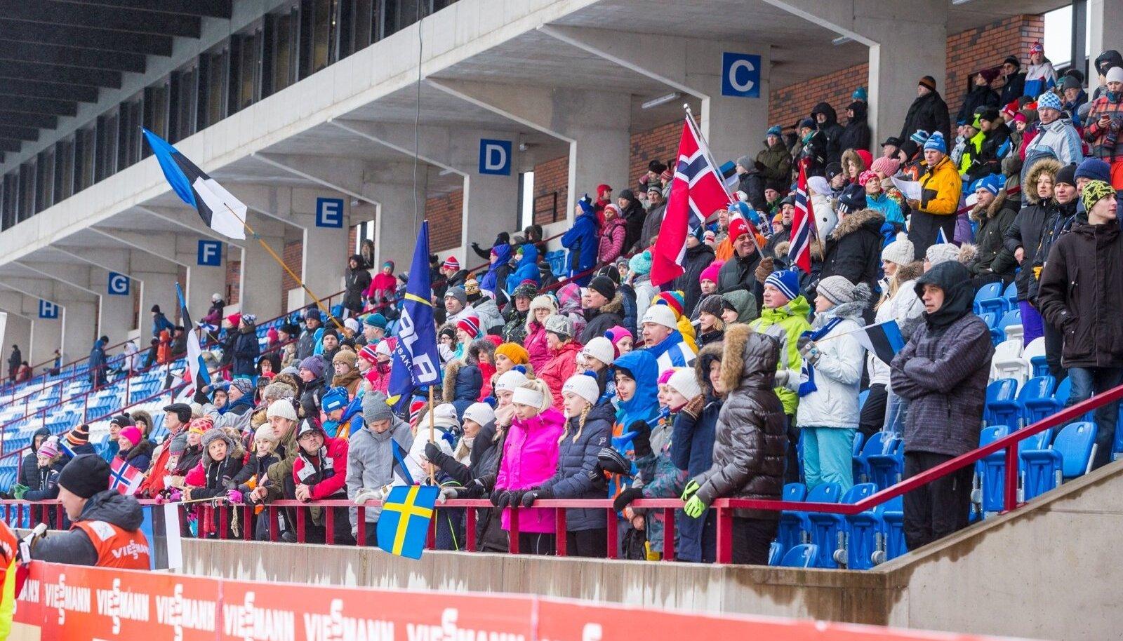Pealtvaatajad Tehvandi staadionil 2017. aasta Otepää MK-etapil