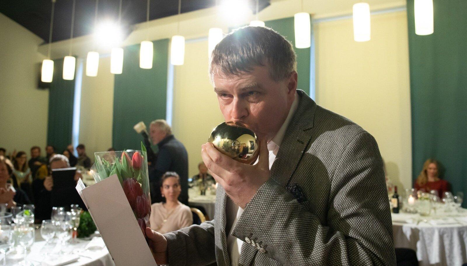 Eesti kultuurkapitali kirjanduse aatapreemiad anti üle Kirjanike Liidu majas.