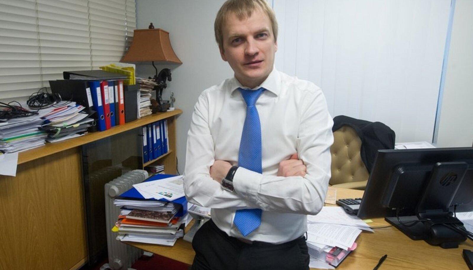 Vandeadvokaat Hannes Olli soovitab omanikul üürnikult iga kuu kommunaalkulude raha koguda ja see ise edasi maksta.