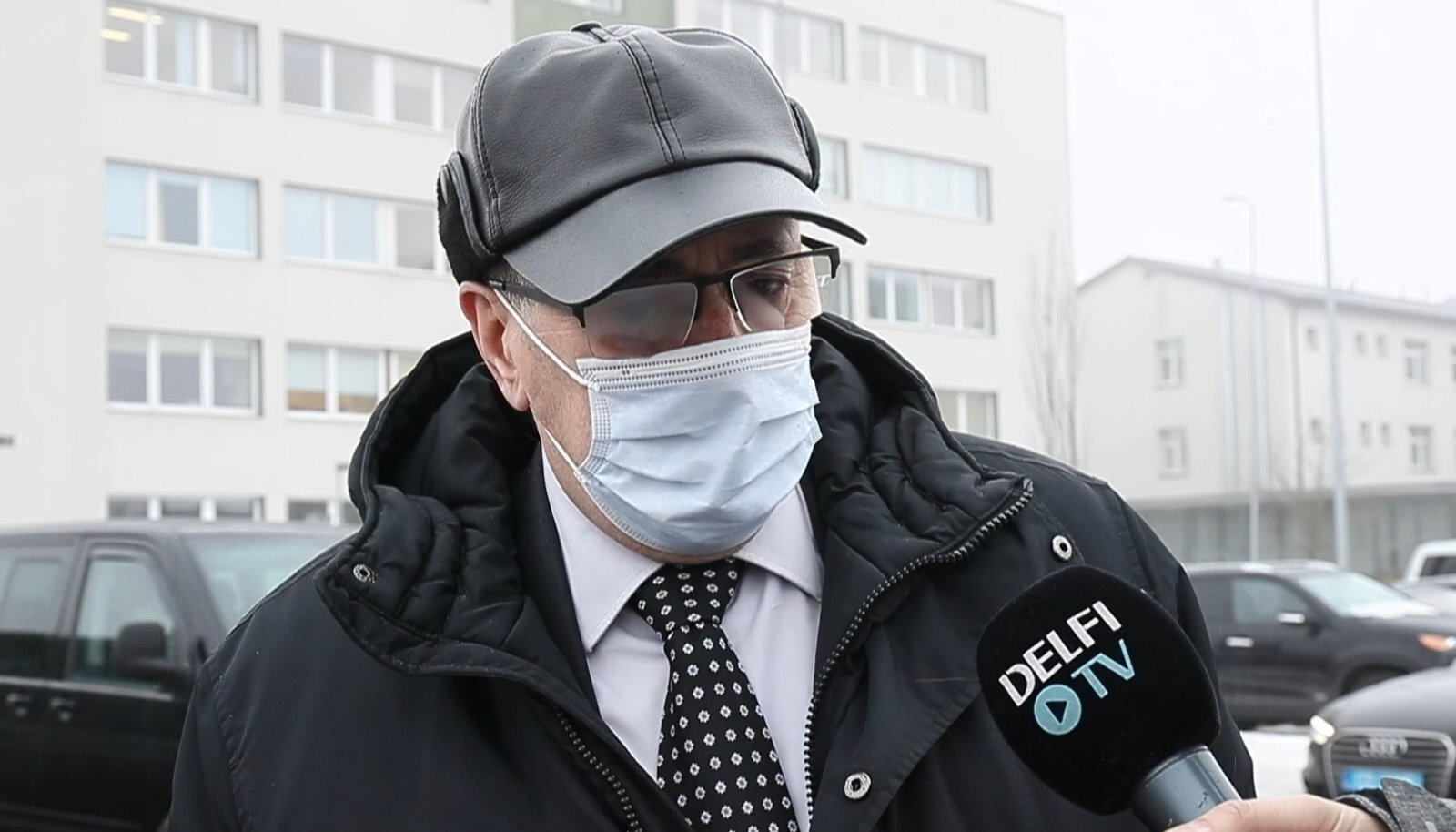 Vene peakonsul Narvas Juri Gribkov ütleb, et talle määrati vaktsiin, kuna tal on nõrgad kopsud.