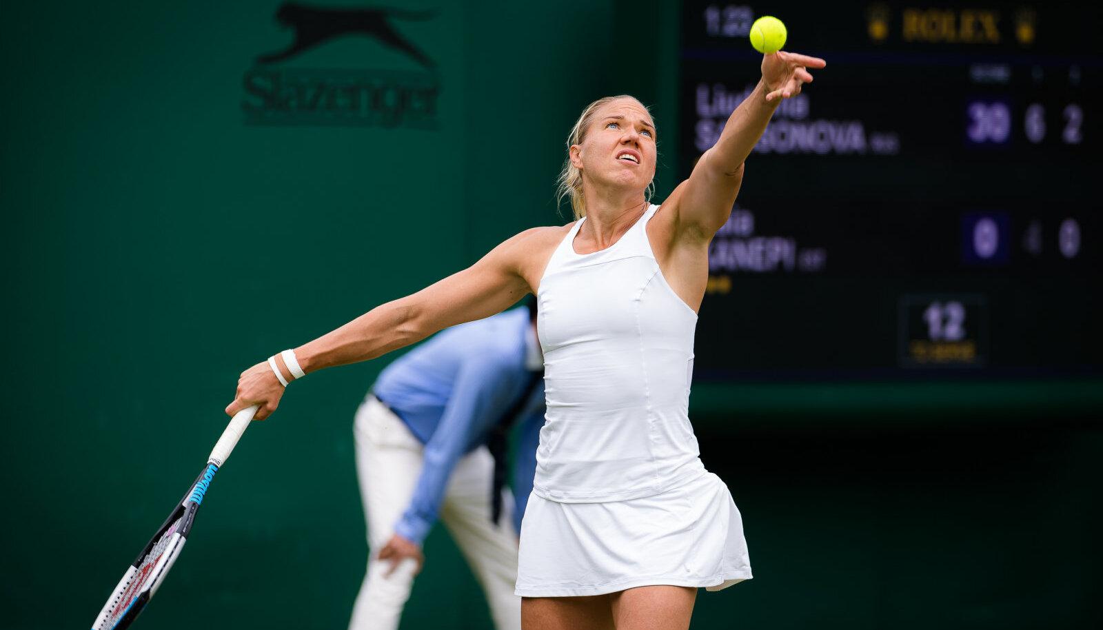 Kaia Kanepi Wimbledoni turniiri avaringis Ljudmila Samsonova vastu.