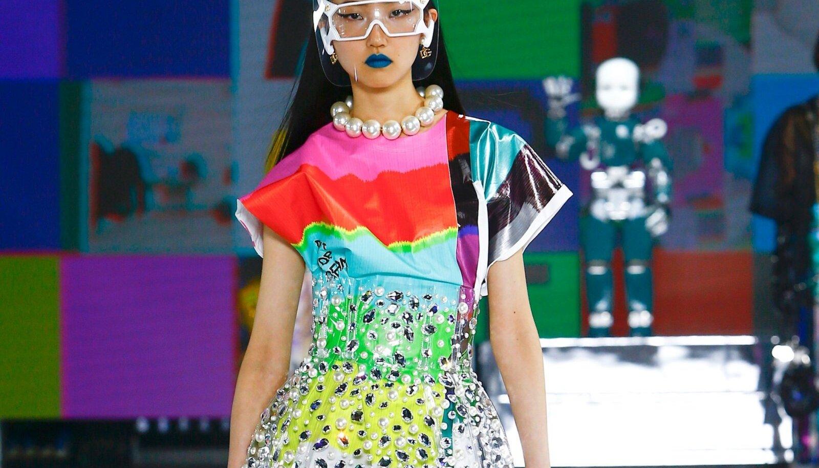 Mida pilkupüüdvam, seda parem. Dolce & Gabbana 2021. aasta valmisriiete kollektsioon