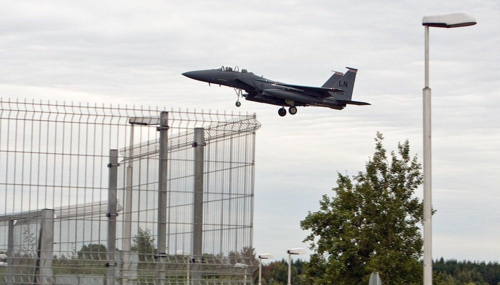 F-15 hävituslennuk Tallinnas