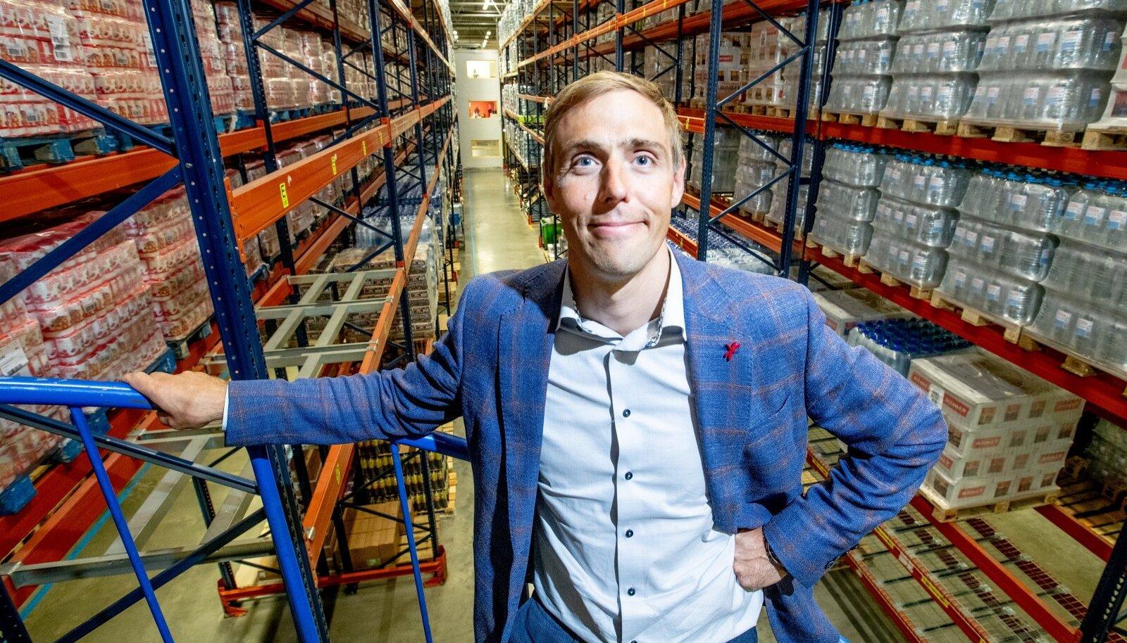 Vaido Padumäe on Rimis töötanud kokku 21 aastat. Ta tõdeb, et kui mõne algatusega tahetakse kiirelt edasi liikuda, siis tuleb arvestada, et suurfirmal on säärase tempoga kohati raske järge pidada.