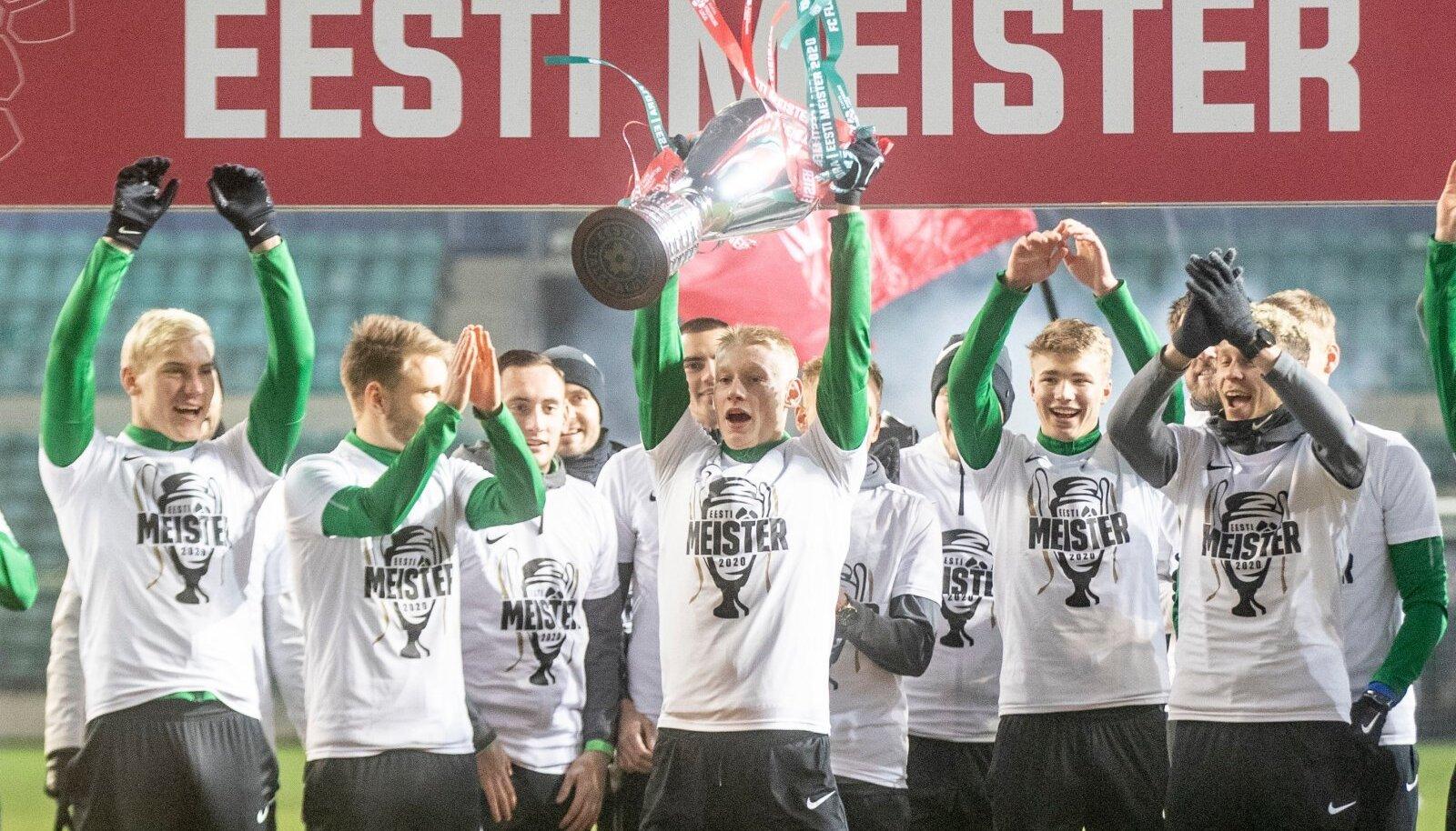 FC Floral on head šansid võitmaks kolmas järjestikune Eesti meistritiitel.