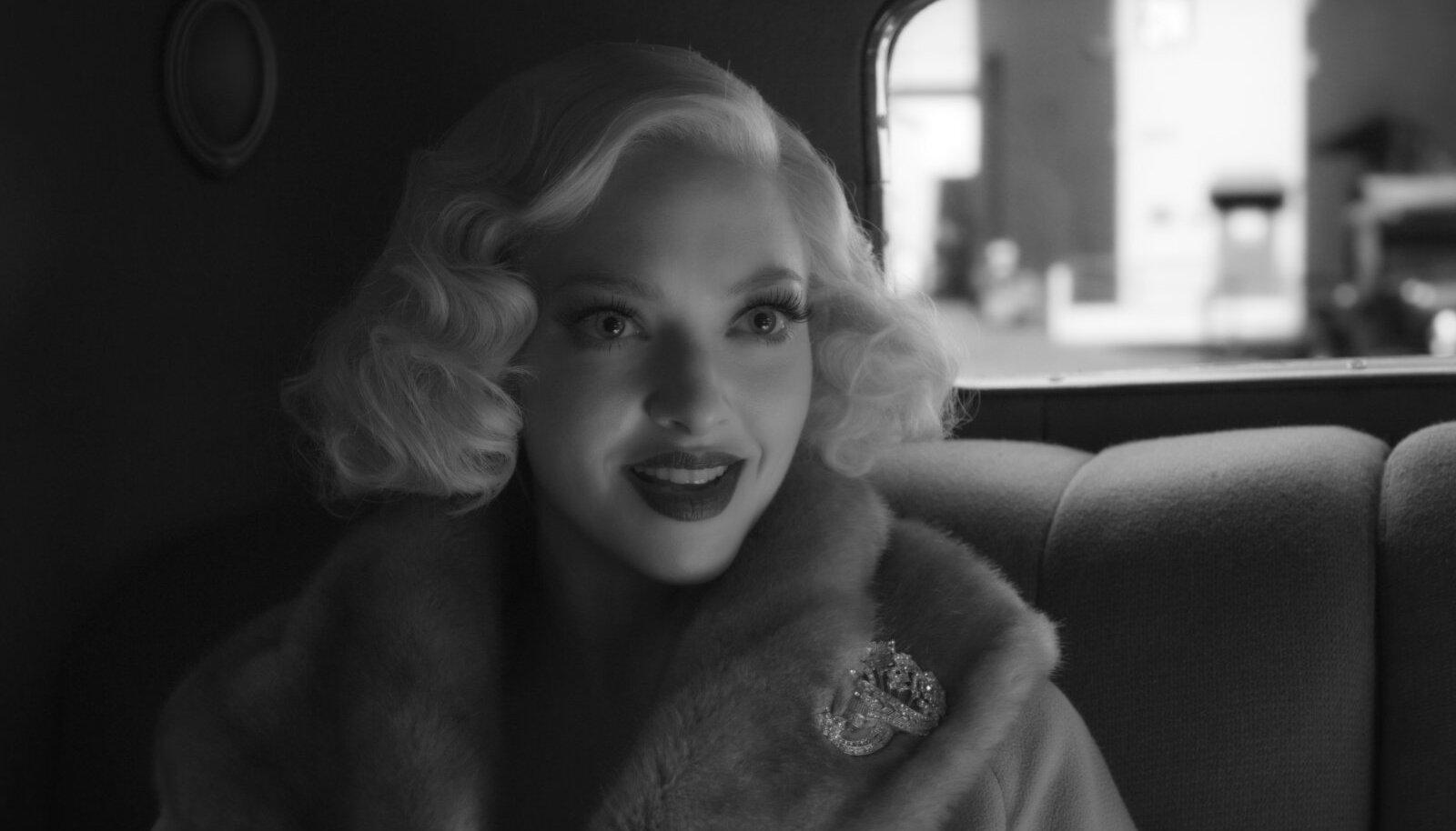 """""""Mank"""" kandideerib kümnele Oscarile. Tänavustelt Kuldgloobustelt tuli """"Mank"""" koju aga tühjade kätega."""