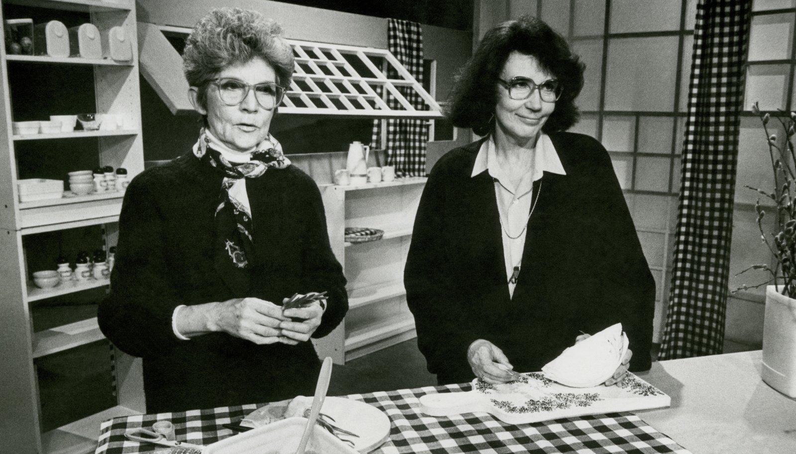 Moidela Tõnisson (paremal) ja Lilian Kosenkranius olid head kolleegid, keda nende sarnasuse tõttu kiputi teleekraanil segi ajama.
