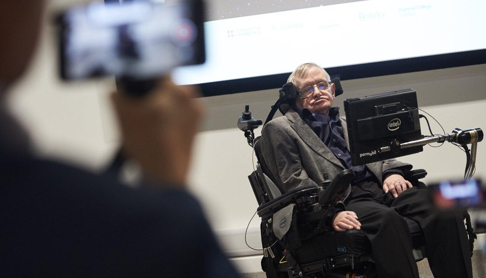 Stephen Hawking Leverhulme`i tulevikukeskuse avamisel.