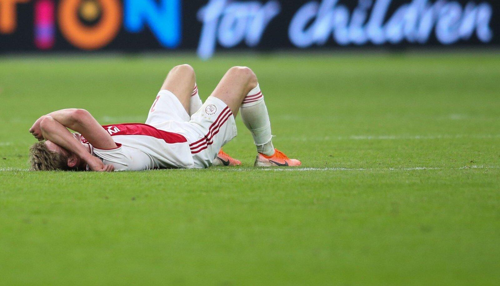 Ajaxi poolkaitsja Frenkie De Jong mängu järel