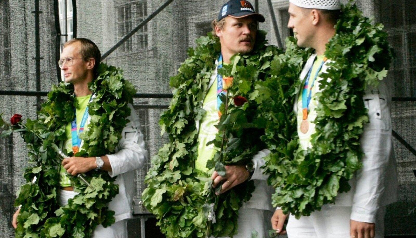Ateena olümpia medalimehed: Jüri Jaanson, Aleksander Tammert ja Indrek Pertelson