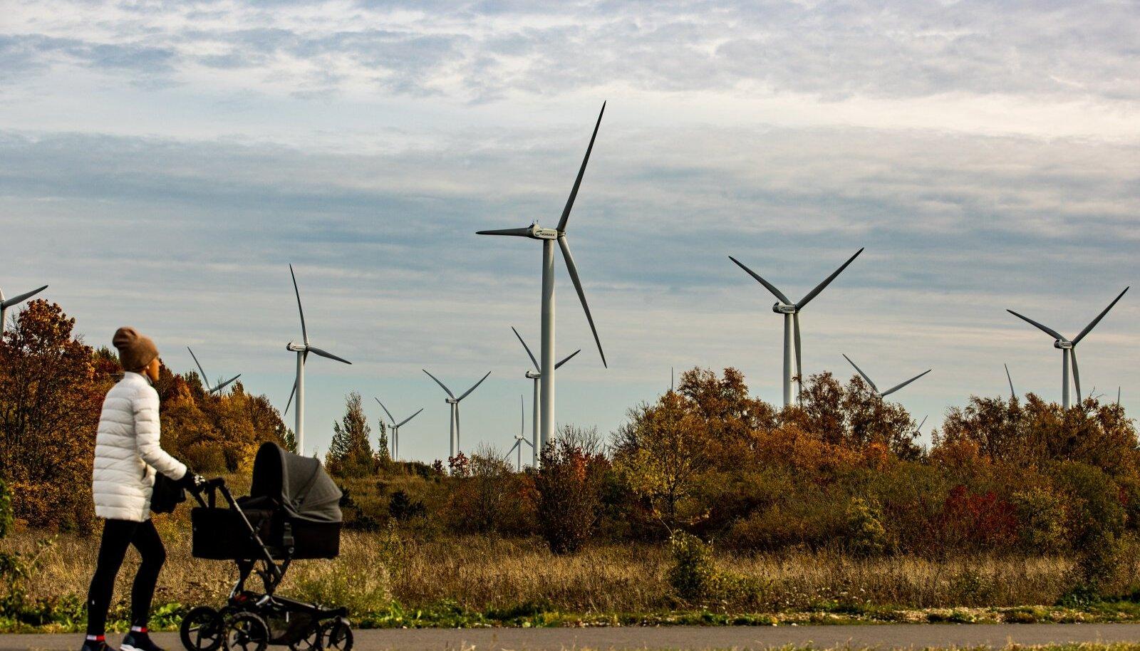 Riik panustab ennekõike tuuleenergiale, milles soovitakse saavutada neljakordset kasvu. Lühemas perspektiivis keskendutakse maismaa tuuleparkidele, pikemas meretuuleparkidele.