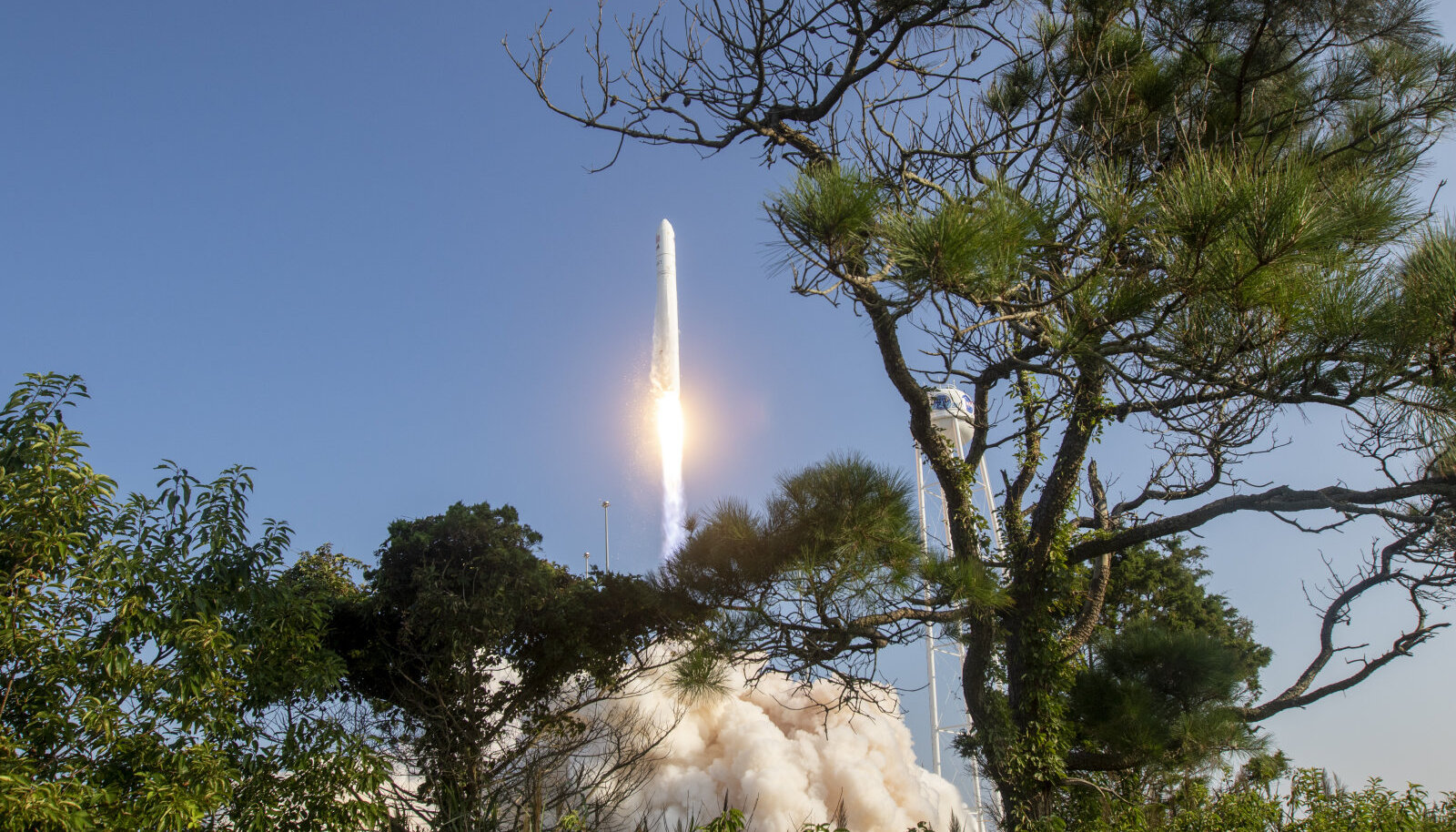 Northrop Grumman'i raketistart 11. augustil, mis aitab ISS-kosmosejaama varustada (foto: AP / Scanpix)