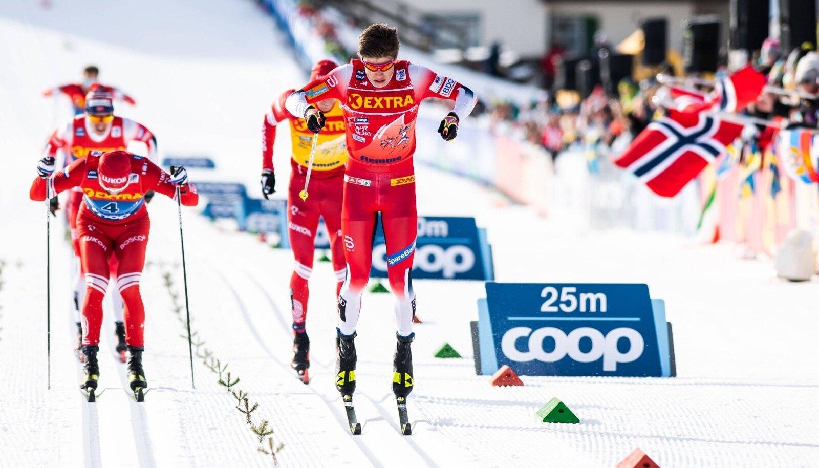 "200104 Johannes Hosflot Klaebo of Norway competes in the men""!s sprint classic technique final during Tour de Ski on Jan"