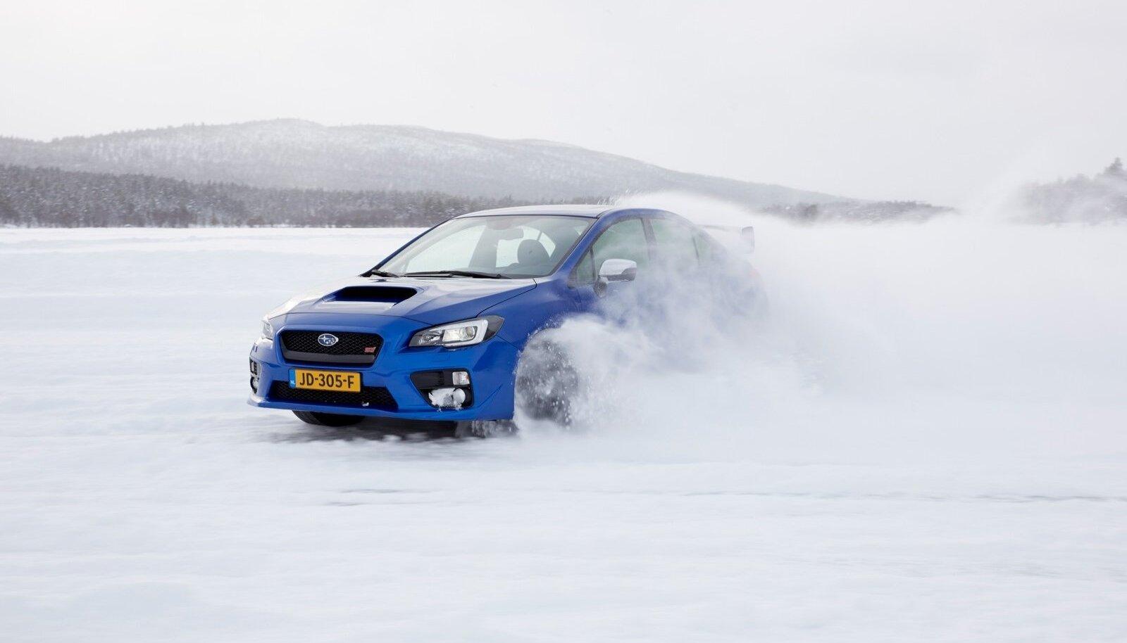 Piiramatu rõõmu retsept: Subaru WRX STI Norra jäätunud mägijärvel