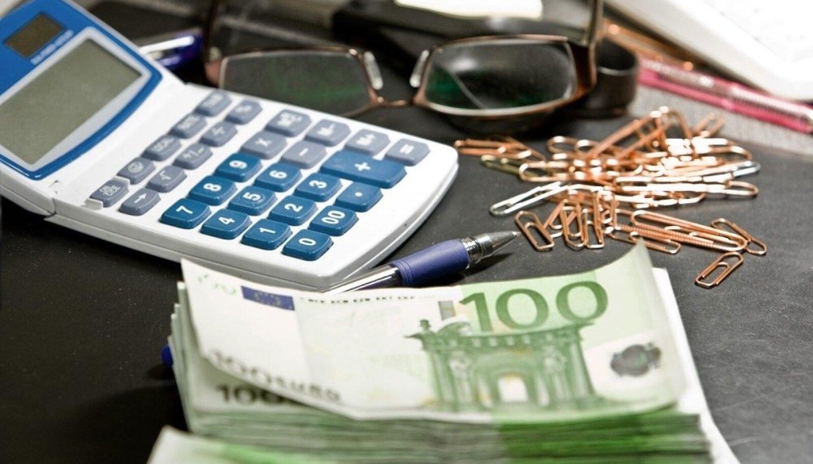 Riigikontrolli aruanne näitab, et riigikogus vastu võetud 2020. aasta riigieelarve kõik koondsummad – tulud, kulud, investeeringud, finantseerimistehingud – on valed, sest eelnõu ette valmistanud rahandusministeerium on teinud arvestus- ja arvutusvigu.