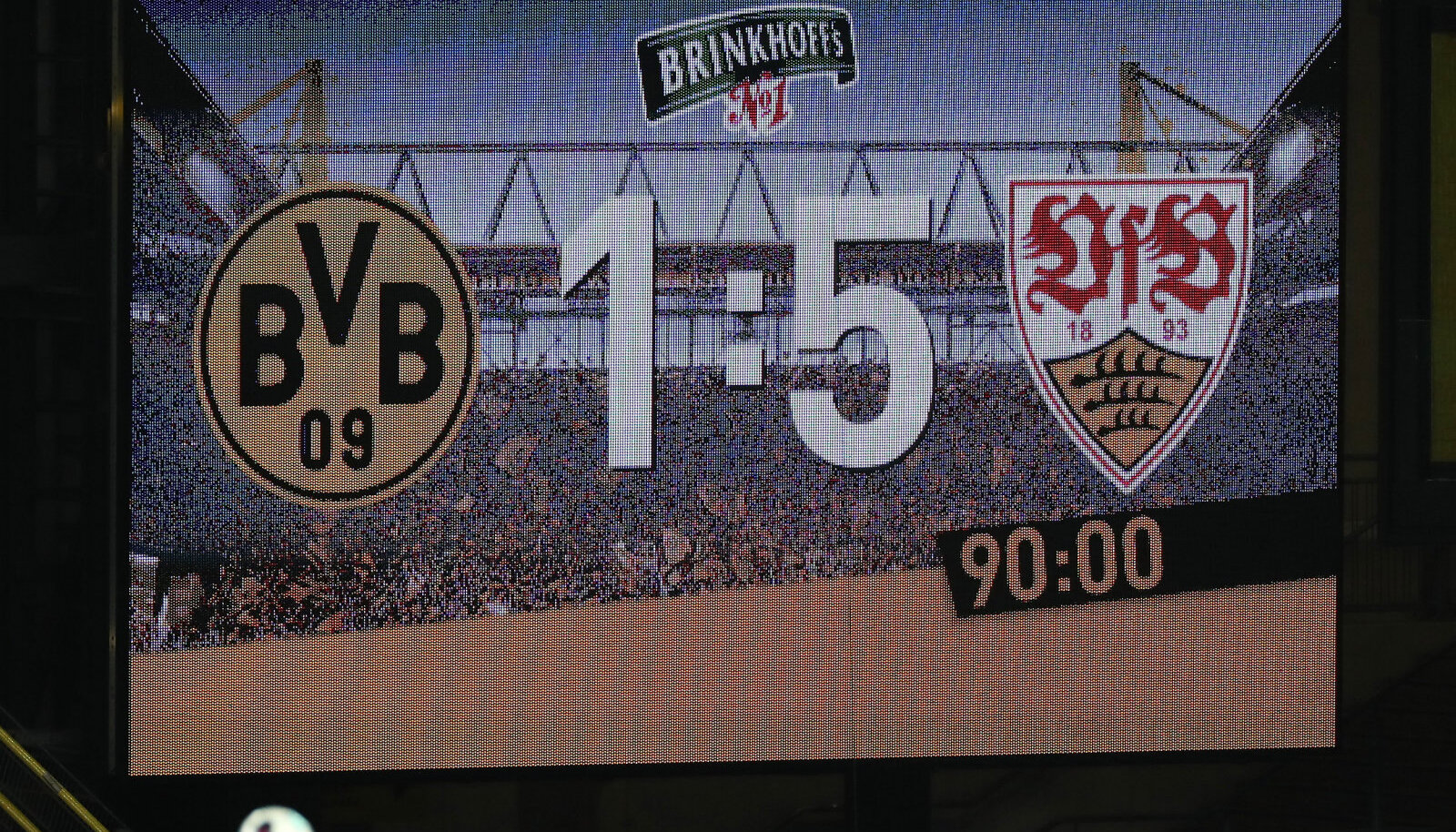 Dortmundi staadioni tabloo lõpuvile järel.