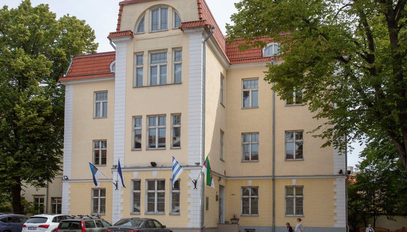 KÕIK EI MAHU MARJAMAALE: Tallinna vanalinnas asuv Gustav Adolfi Gümnaasium on Eesti vanim gümnaasium, kuhu on igal aastal suur tung.
