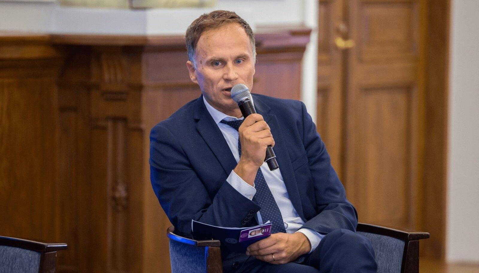 Finantsinspektsiooni juhatuse liige Andre Nõmm sõnul tasub investeerimise kõrval teadvustada ka riske. Muidu võib hulk uusi investoreid hoopis jäädavalt investeerimisest kõrvale jääda.