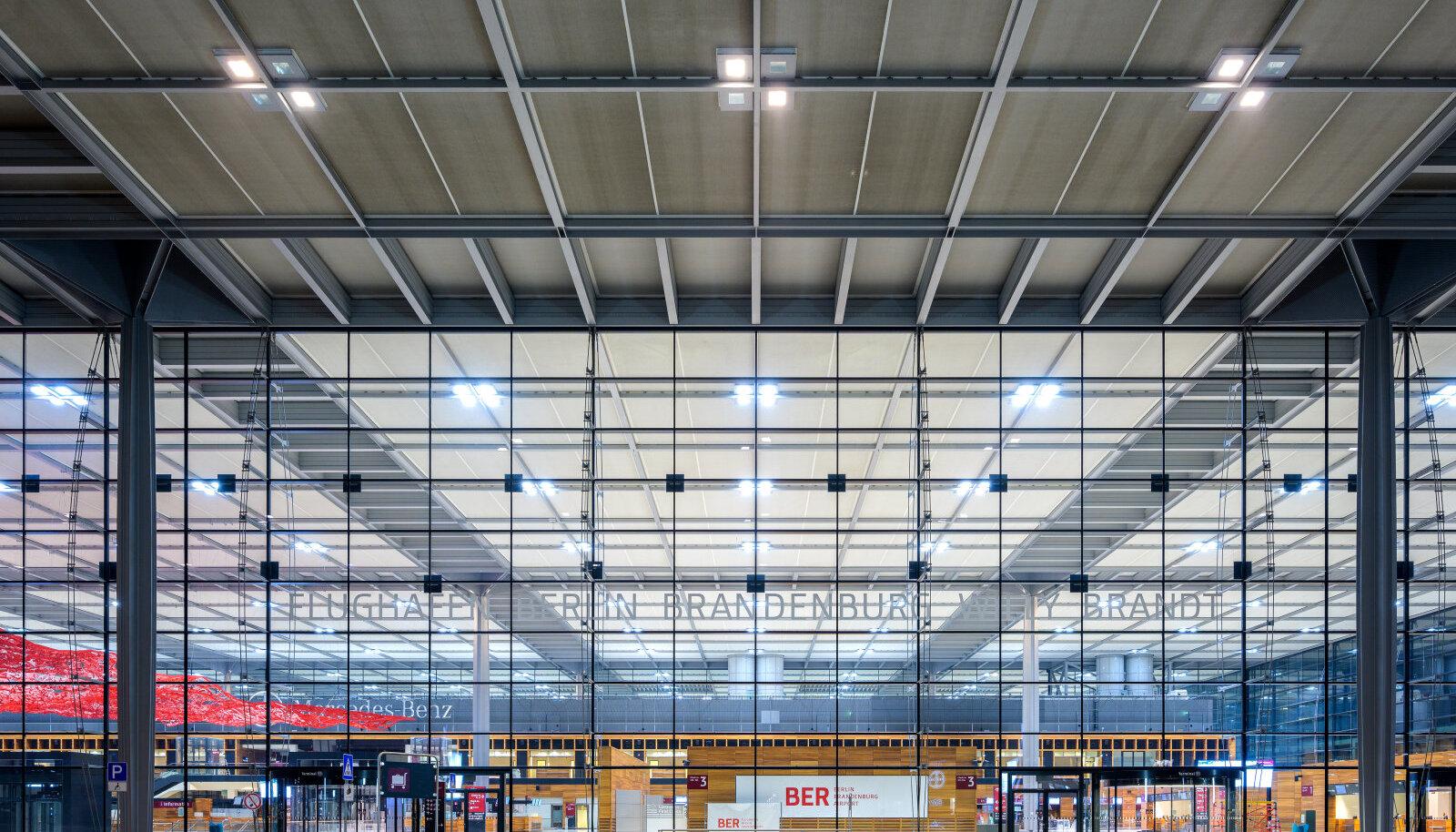 LÕPUKS AVATAKSE: Berlin BrandenburgI lennujaamas käivad ettevalmistustööd.
