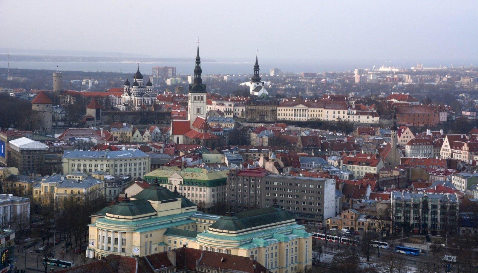 Talvine vaade Maakri kõrghoone katuselt
