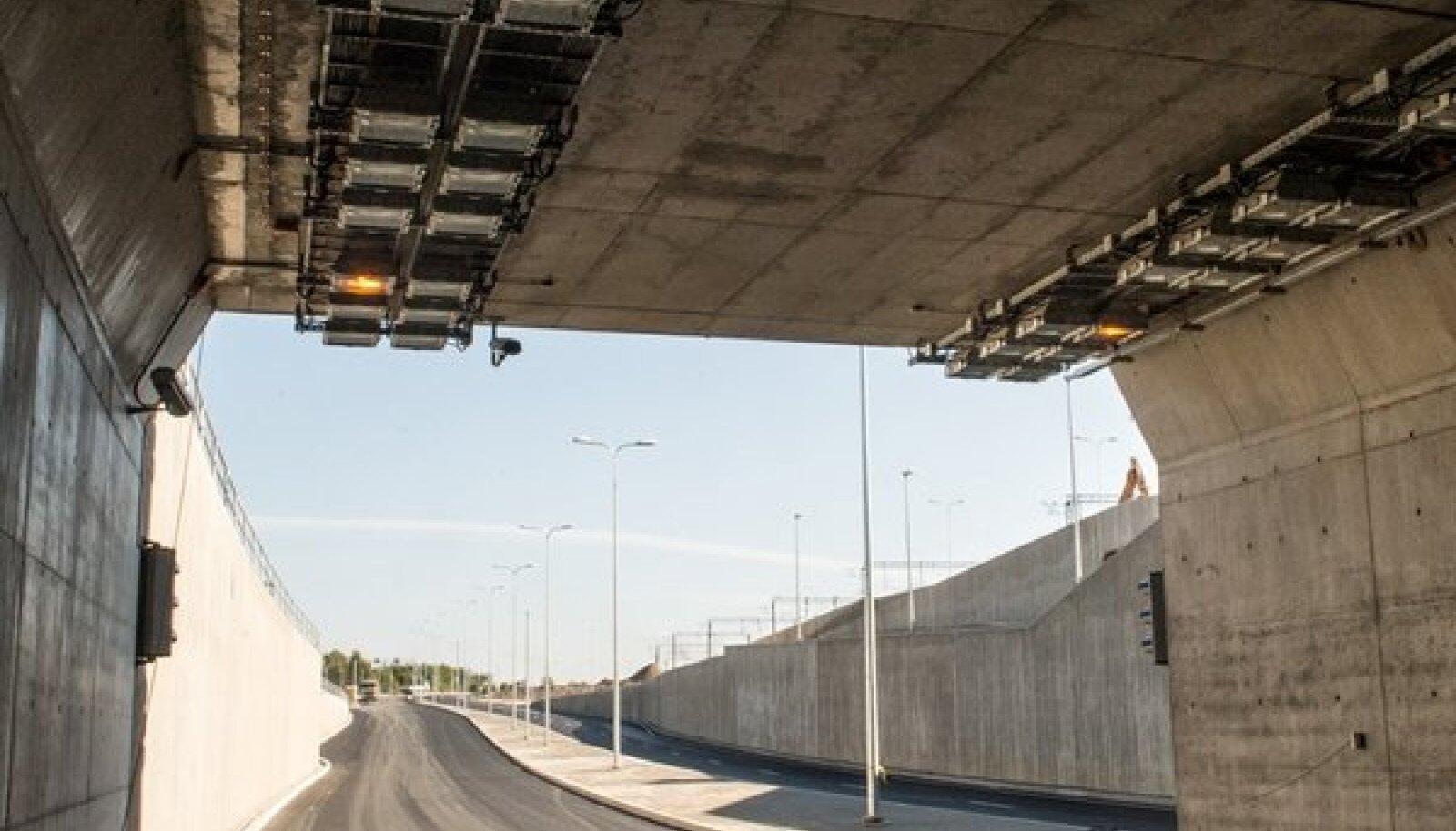 Ülemiste liiklussõlme autotunnel