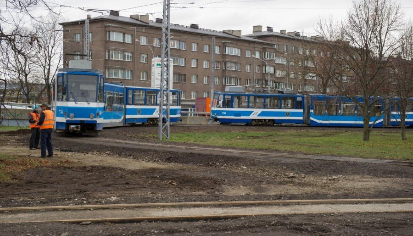 Esialgu teevad trammid tagasipöörde Vana-Lõuna ringil