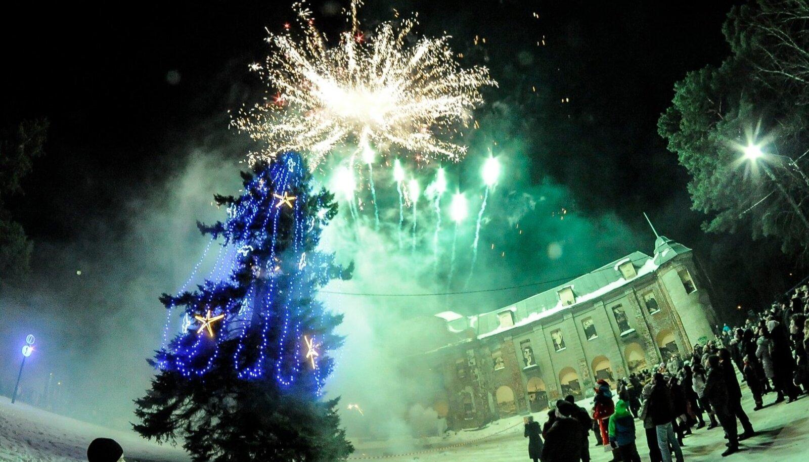 Aastavahetuse ilutulestik Narva-Jõesuus