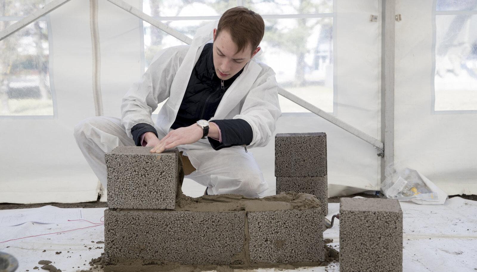 Üldiselt ütleb projekteerija, millise paksuse ja tugevusega plokk sobib antud majale.