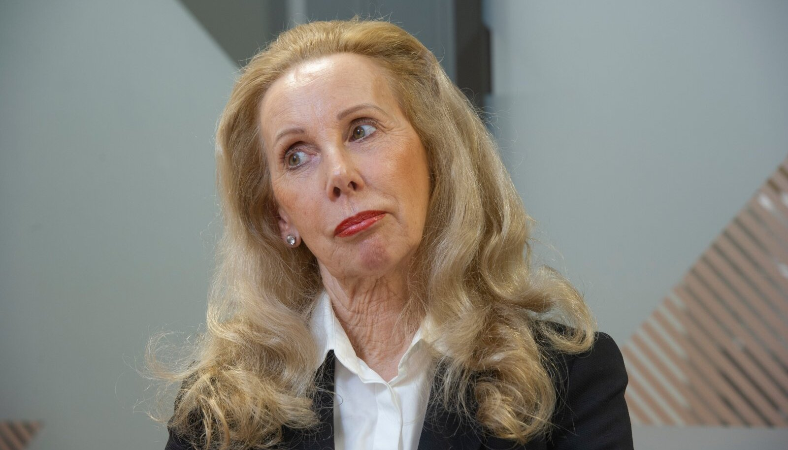 Mitmel rindel rahapesutemaatikaga tegelenud Kersti Kracht on nüüd ise rahapesus kahtlustatav.