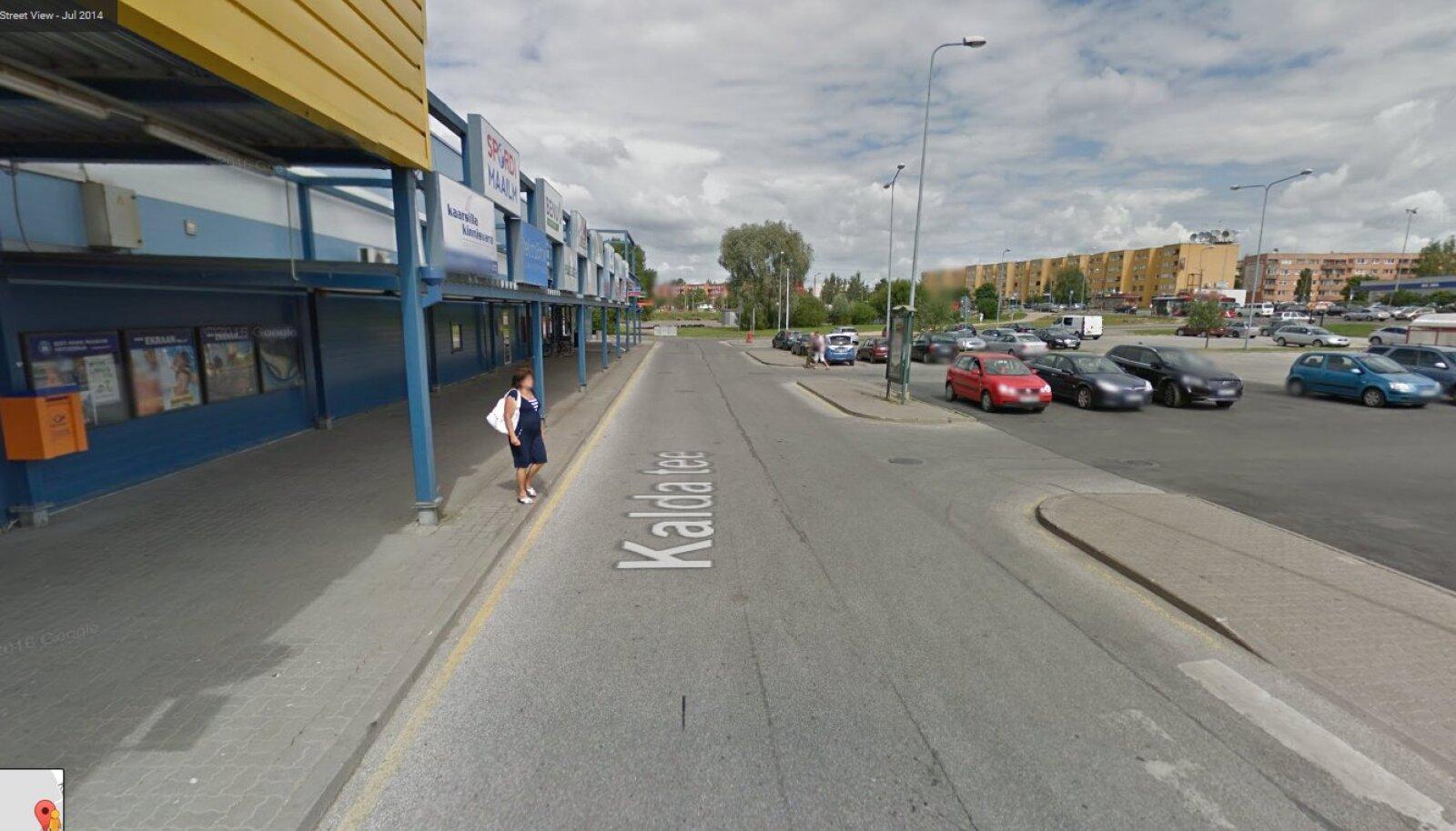 Tartu, Kalda tee 43 juures (Google Street View ekraanitõmmis)