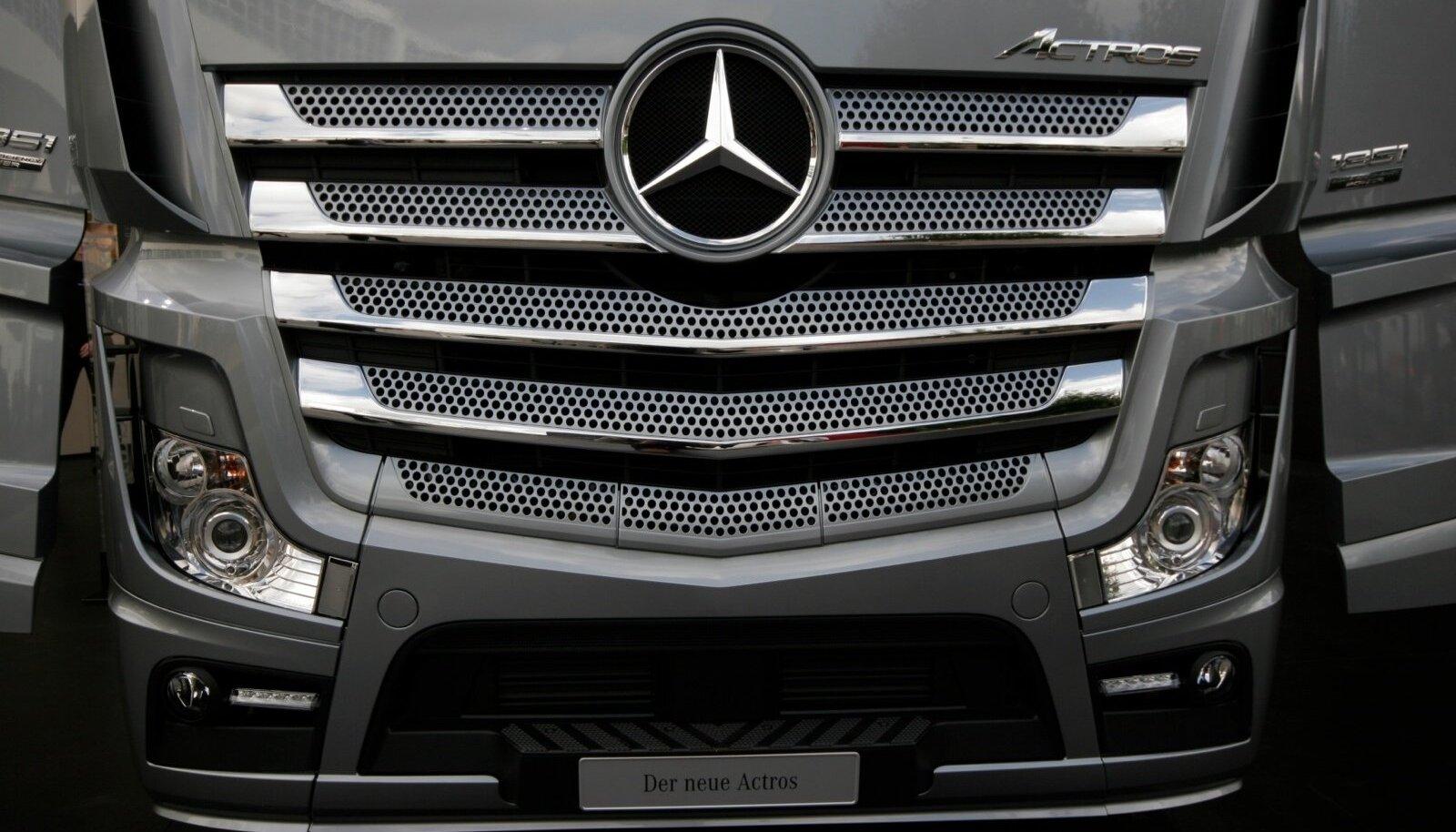 Uus Mercedes-Benz Actros.