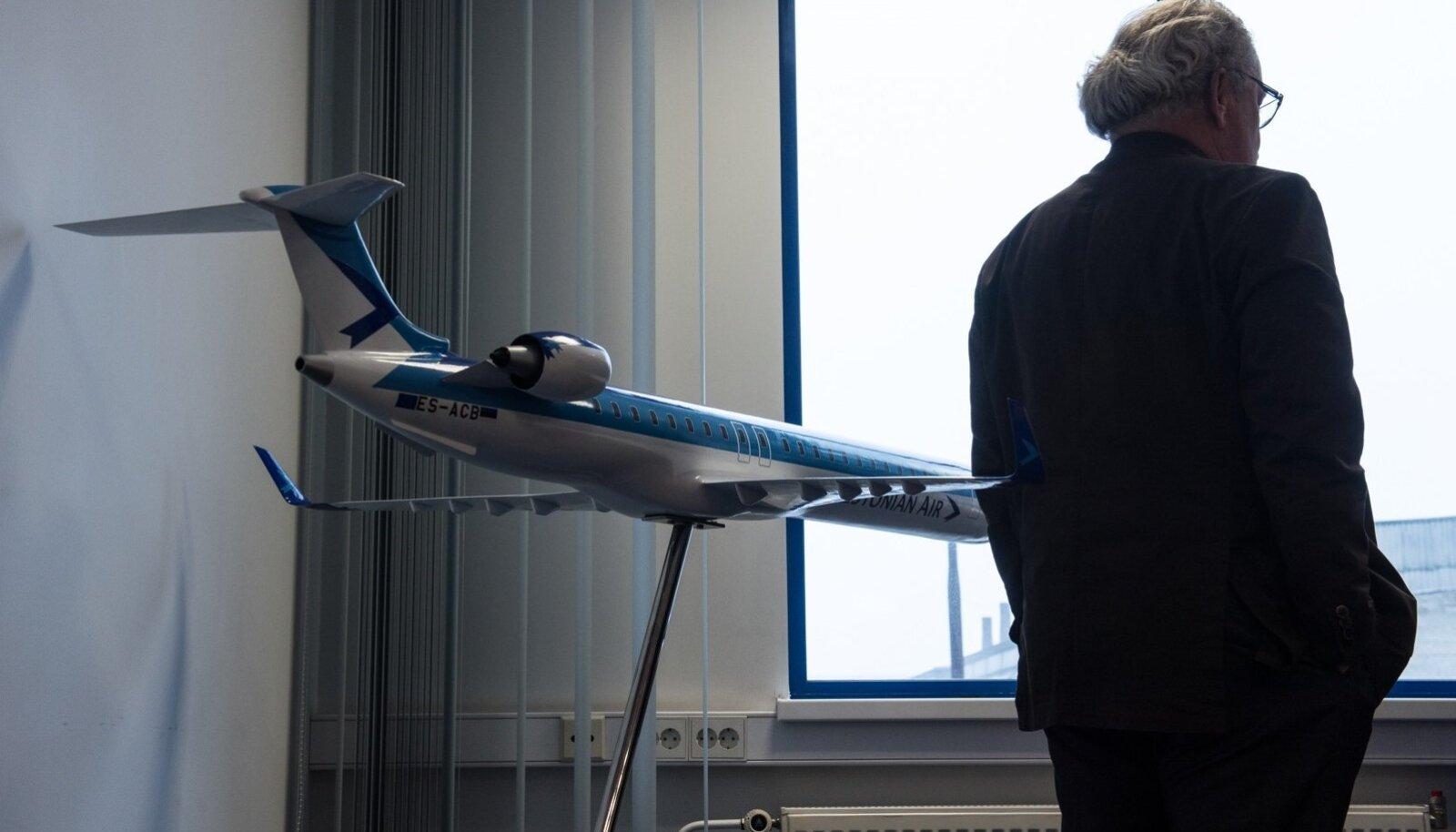 Jan Palmer, Estonian Air
