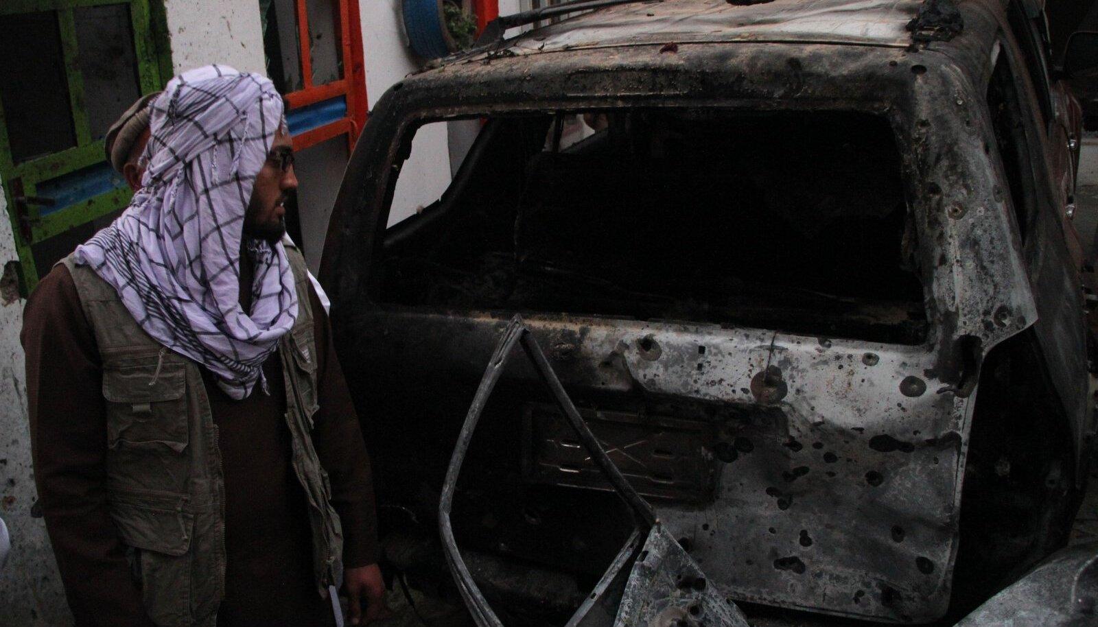 USA droonilöögiga hävitatud auto Kabulis