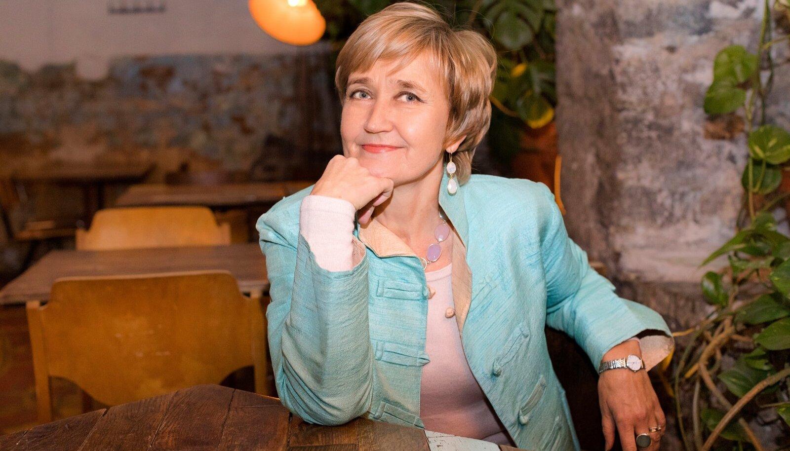 """Marianne Mikko: """"Mõistlik oleks asuda naisi kuulama, sest naistel on, mida õpetada."""""""