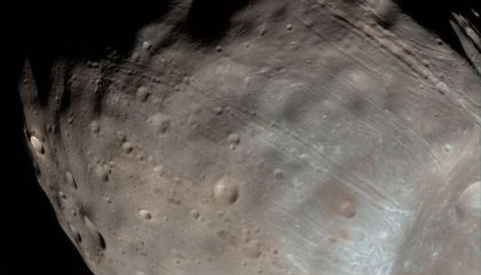 Marsi suurim kuu Phobos