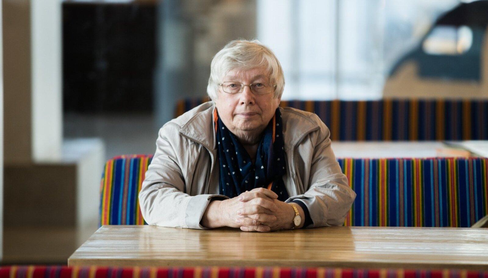 Marju Lauristin Tallinna lennujaamas