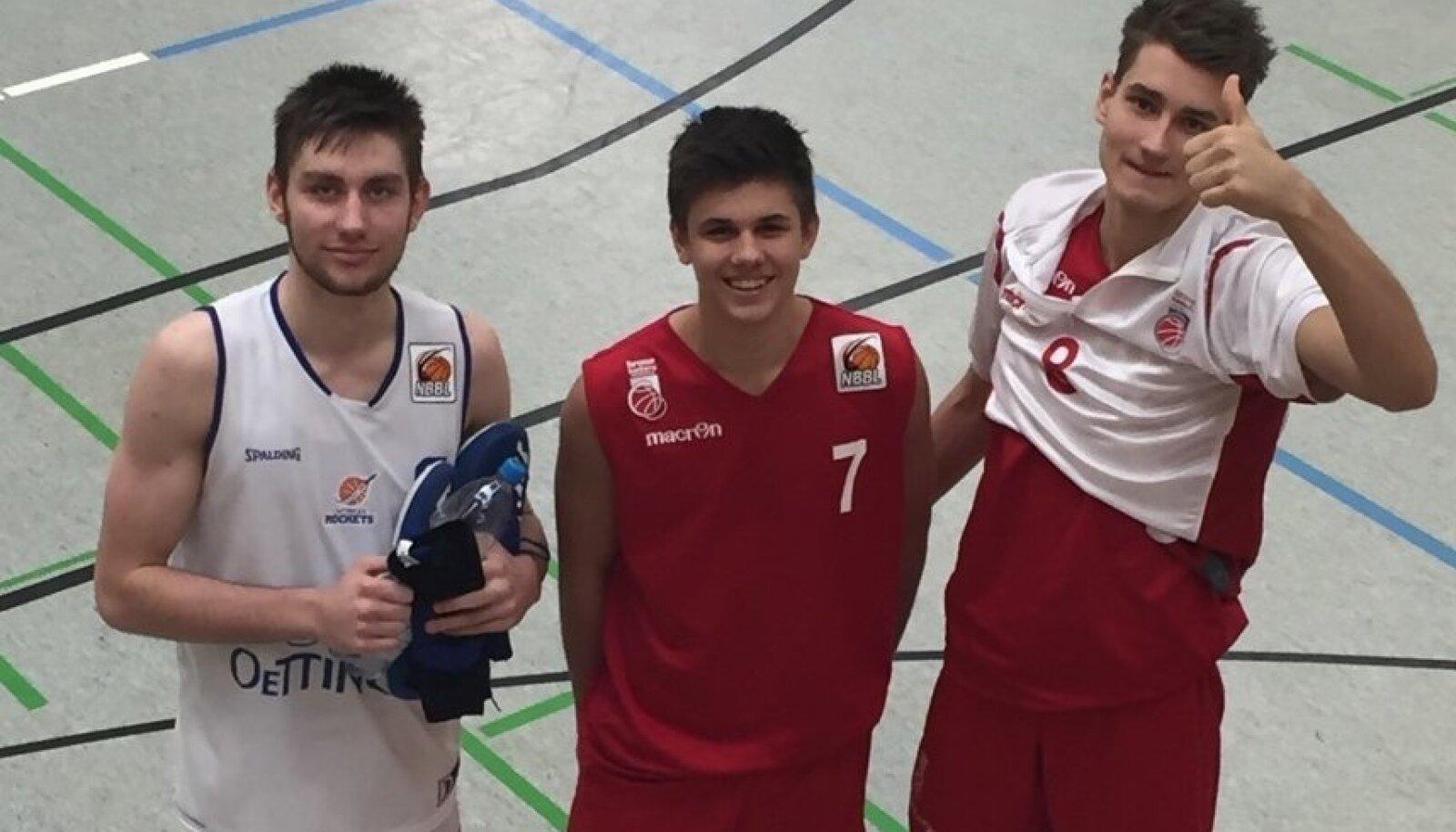 Kristian Kullamäe (vasakul), Kerr Kriisa ja Henri Drell