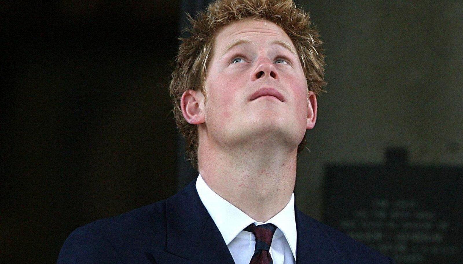 PRINTSI PIINAD Vaatamata oma privileegitud staatusele on Harry näinud oma 37 eluaasta jooksul rohkem kurbust ja leina, kui paljud terve oma elu jooksul.