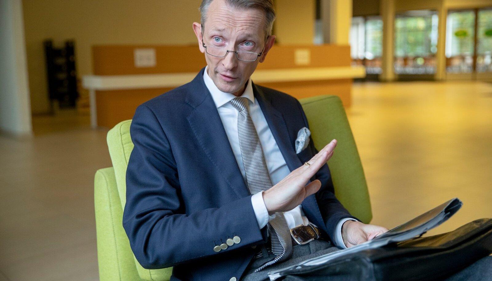 Carl Eric Laantee Reintamm märkis, et ilmselt on oodata karmimaid reegleid peale jalgpalli EM-i sündmuste lõppemist.