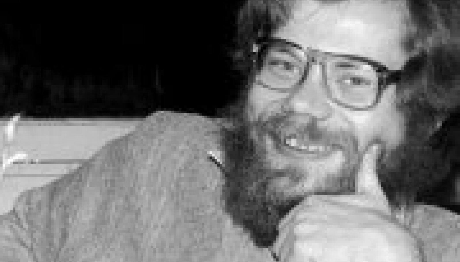 Kalev Kesküla, autor Andres Lepp, üles võetud Kirjanike Liidu kohvikus Pegasus 1988(89)
