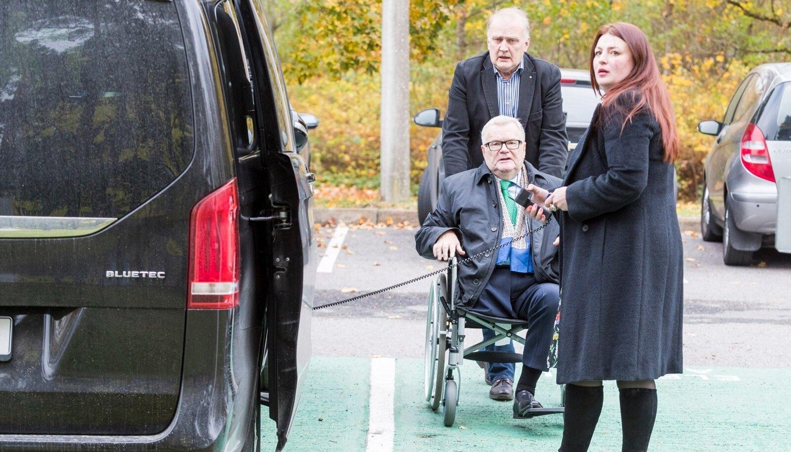 15. oktoober 2016 Keskerakonna volikogu valis uue esimehe. Pildil Edgar Savisaar koos Maria Merkulovaga