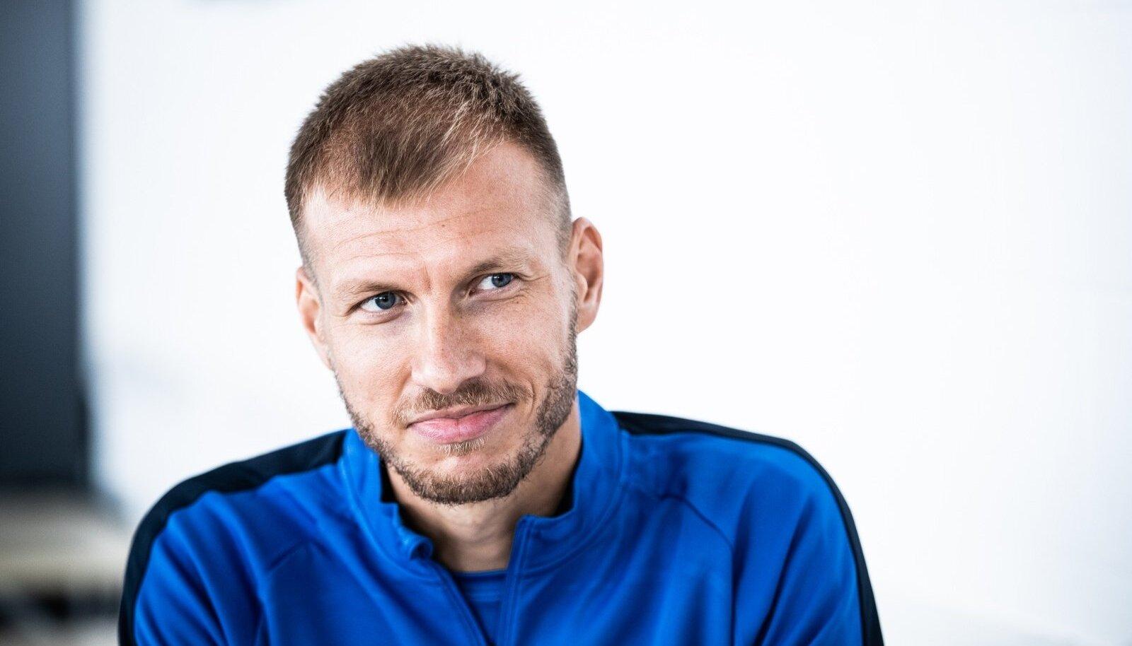 Eesti koondises mängides võitis Klavan viimati mõne valikmängu (kui pisiriik Gibraltar välja arvata) homme täpselt neli aastat tagasi, kui Eesti oli kodus 1 : 0 üle Leedust. Reedel avaneb võimalus Valgevene vastu taas võidurõõmu maitsta.
