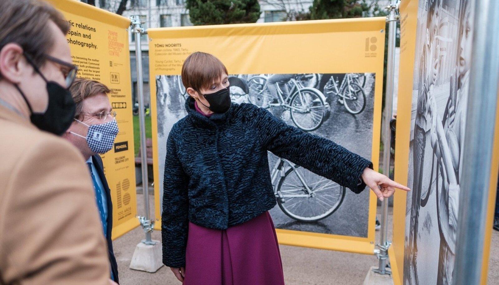 President avas Eesti tänavafotograafia näituse Madriidis