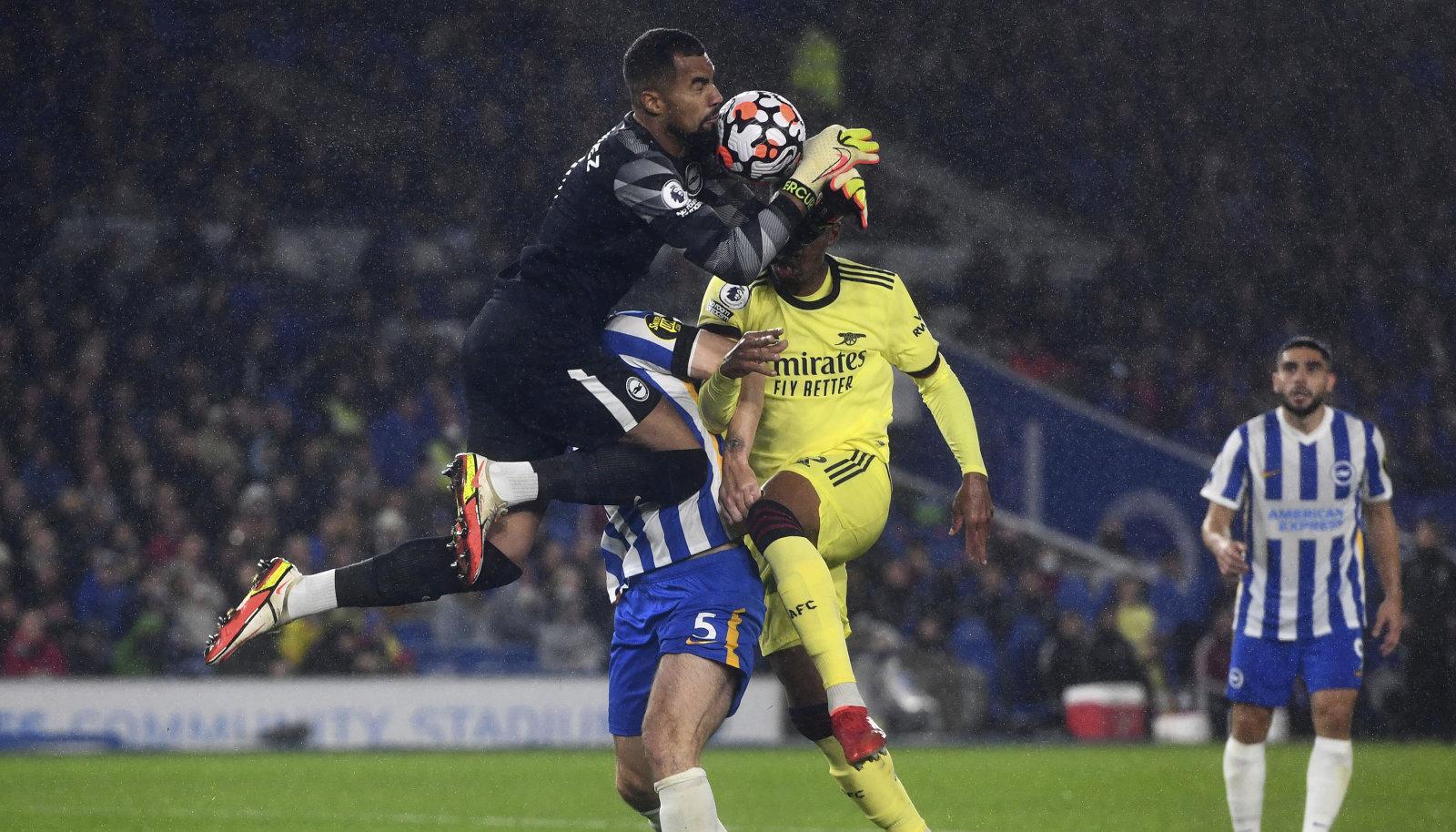Gabrieli kokkupõrge Brightoni väravavahi Robert Sancheziga.