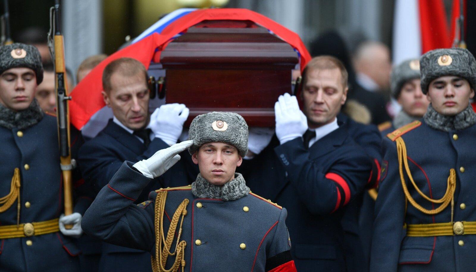 Suursaadik Andrei Karlovi matused Moskvas