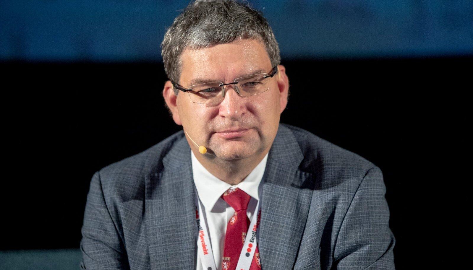 EPL-i koroonakonverents, Edward Laane