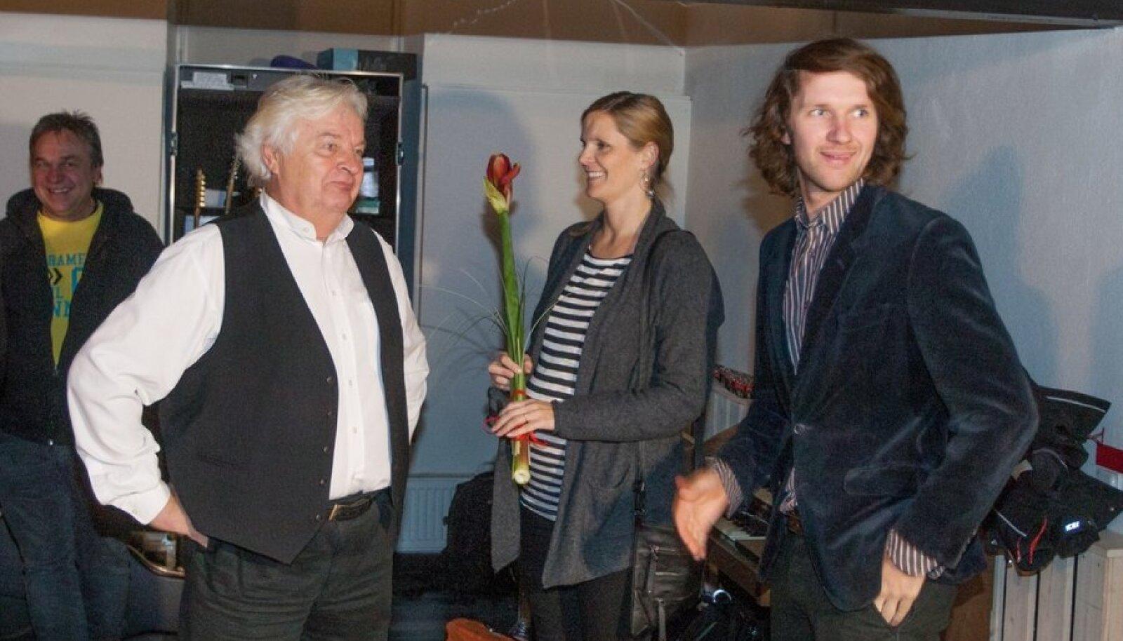 Ivo Linna koos tütre ja pojaga