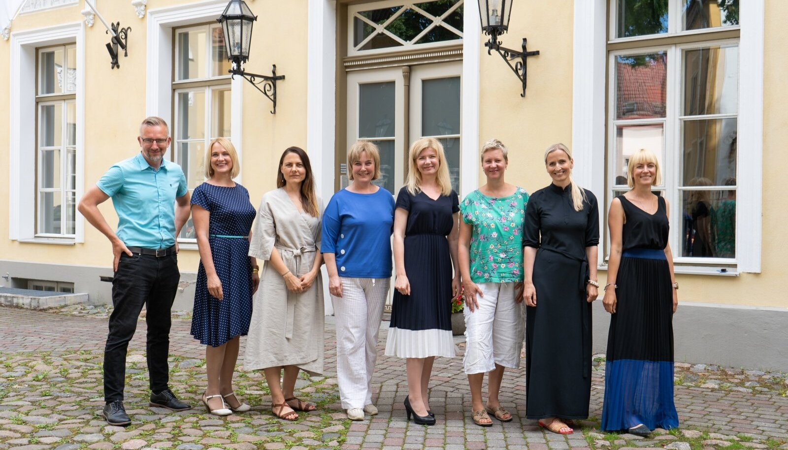 Toidu raiskamise pärast valutavad südant Janar Filippov, Karin Madisson, Helin Vaher, Eva Truuverk, Britta Retel, Kerttu Ruus, Birgit Kermes ja Karolin Soo.